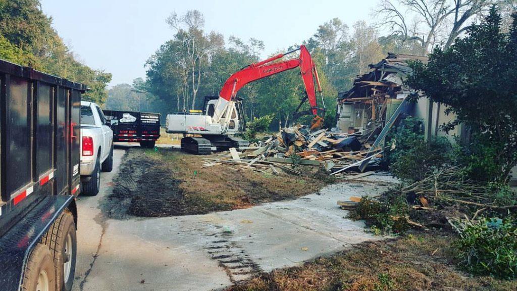 Machines Loading Dump Charleston SC